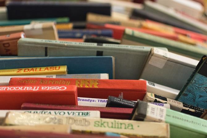 很多的書籍